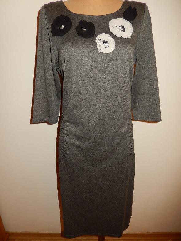 Sukienka z dzianiny SELINA