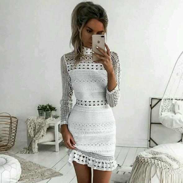sukienka koronka biala
