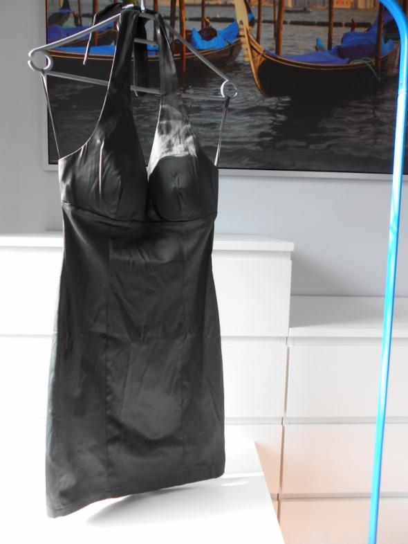 Stalowa ołówkowa mini sukienka S studniówka