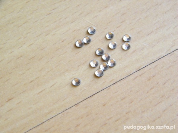 NOWE Cyrkonie na paznokcie 150szt NAIL DIAMOND