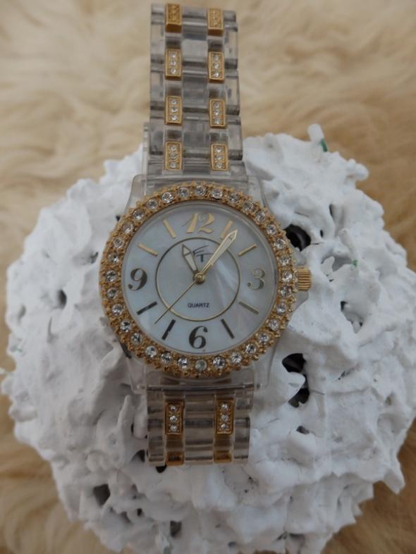 zegarek bransoleta cyrkonie