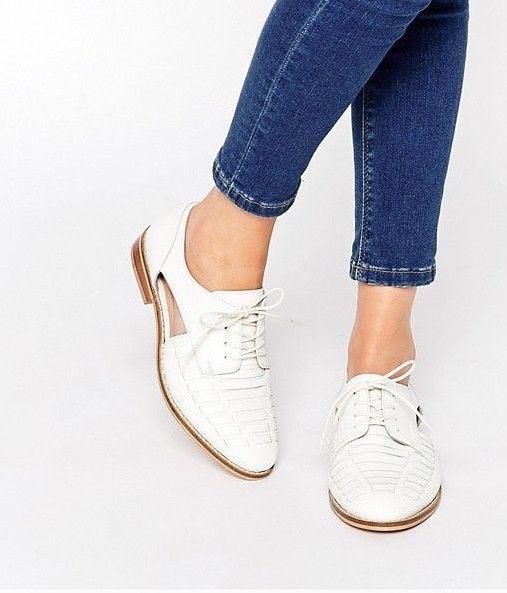 Białe buty typu broques Asos