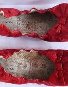 Czerwone balerinki z kokardką