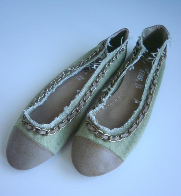 Eyas nowe baleriny khaki military łańcuch chain 37