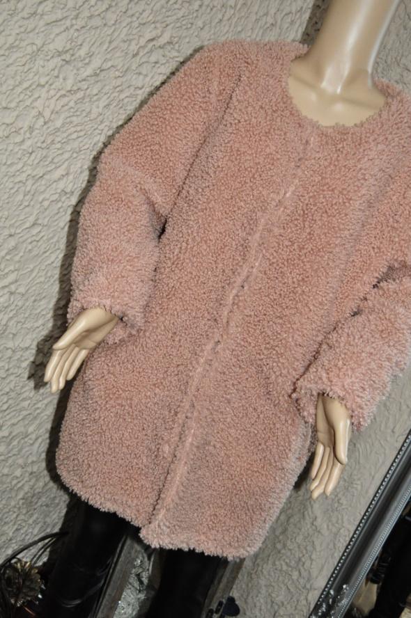 Odzież wierzchnia Płaszcz baranek pudrowy róż 40 42