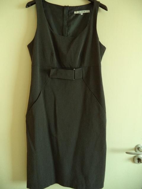 Sukienka princeska Reserved 38 M biurowa klasyczna...