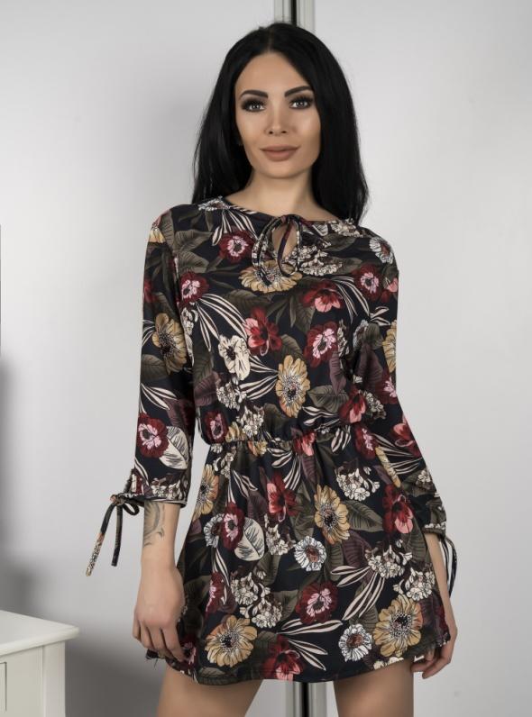 Sukienka bawełniana w kwiaty rozm SM