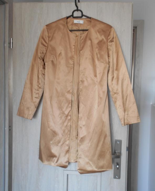 Wallis nowy płaszcz karmelowy satynowy nude beżowy...