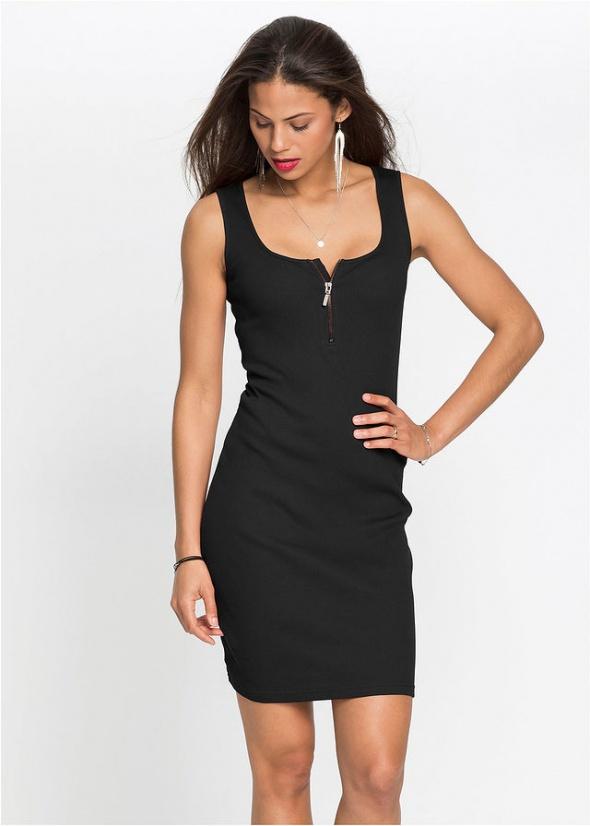Czarna sukienka w prążek NOWA