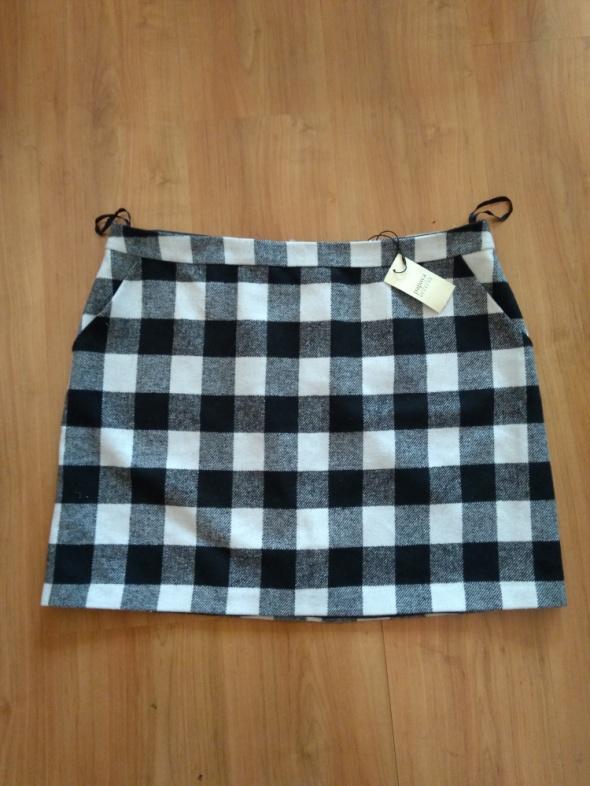 Krótka mini spódnica w kratkę wełniana Papaya nowa