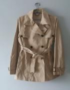 Idealny jasny płaszczyk z paskiem L...