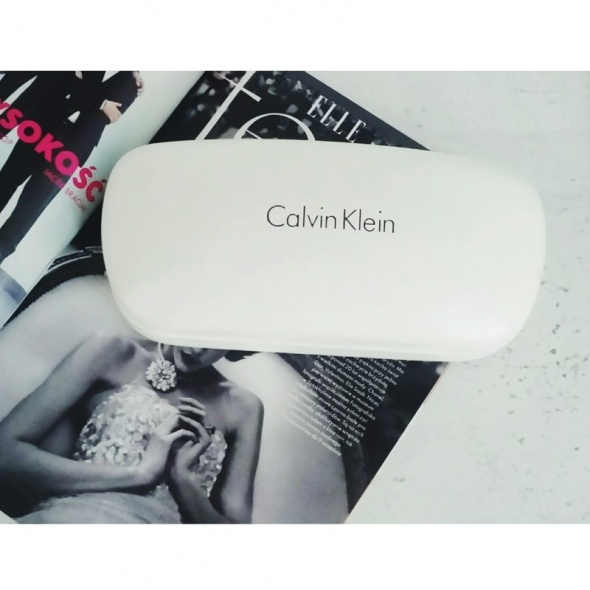 Futeral na okulary Calvin Klein oryginalny...