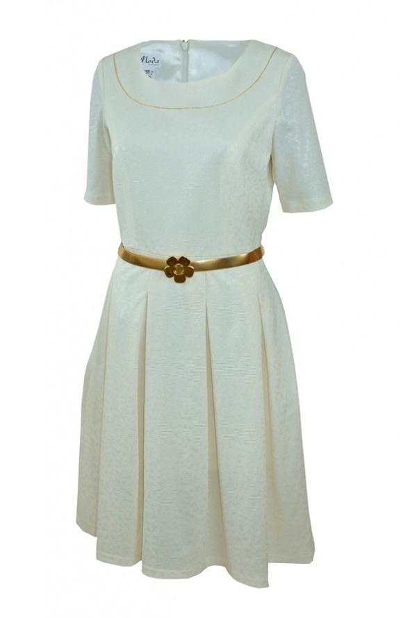 Suknie i sukienki Elegancka sukienka rozkloszowana ze złoty paskiem