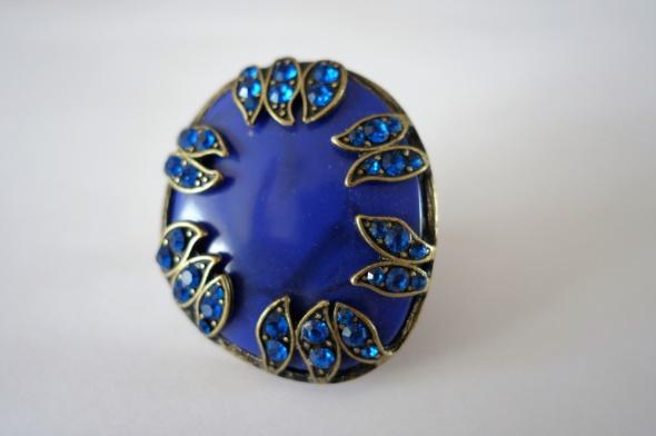 Pierścionek koktajlowy niebieski chabrowy duże oczko cyrkonie...