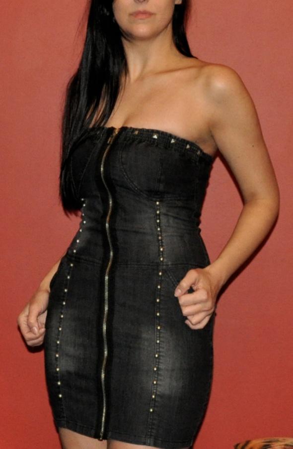 czarna sukienka z zipem i ćwiekami