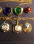 Stare rosyjskie zegarki zawieszki plus jeden z byłej NRD...