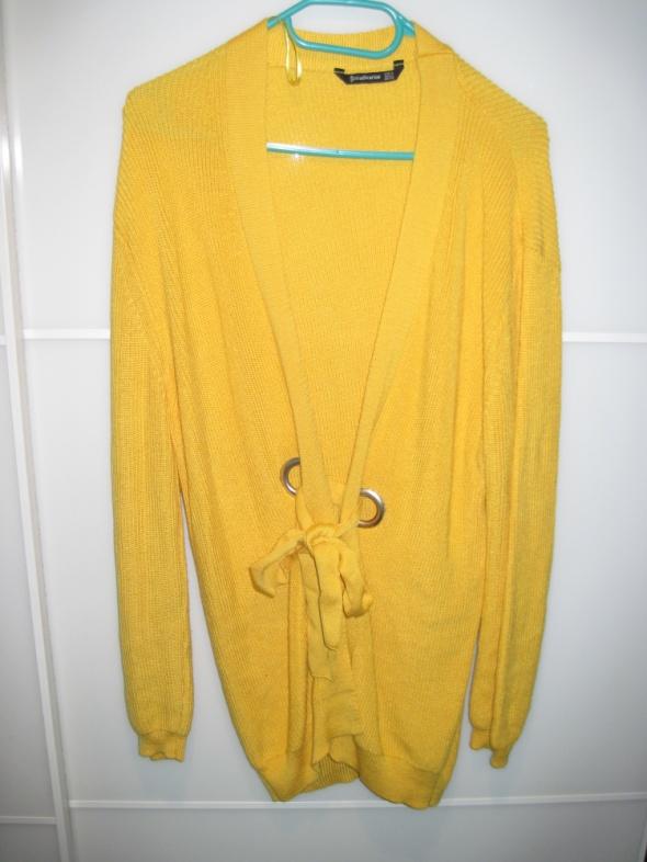 Stradivarius długi sweter w kolorze żółty 36 38