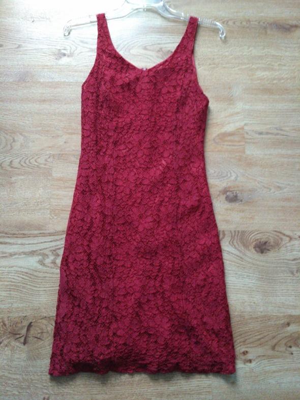 9851bed126 Czerwona sukienka koronkowa 36 w Suknie i sukienki - Szafa.pl