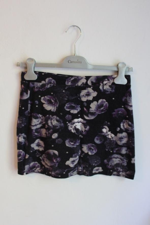 Spódnice Ciemno fioletowa spódniczka w kwiaty