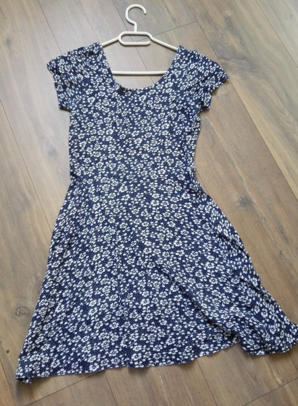 Granatowa sukienka dziewczęca atmosphere w drobne kwiaty rozm 38
