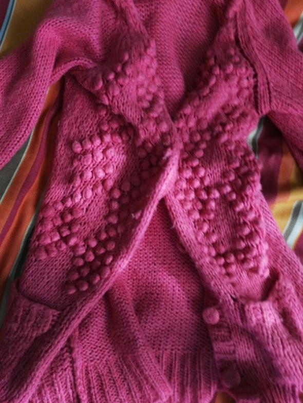 rozowy sweterek kuleczki xl