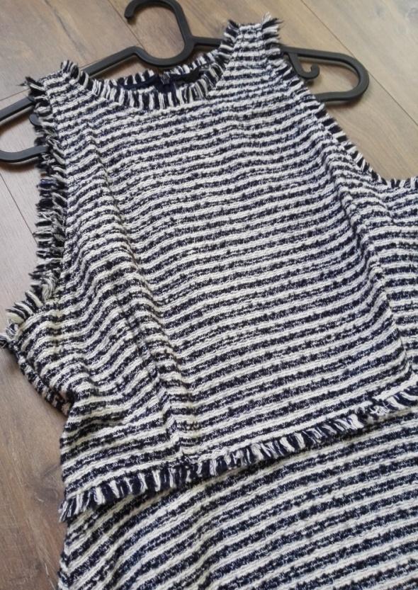 Sukienka Zara w paski biało granatowa Chanel rom 40 L