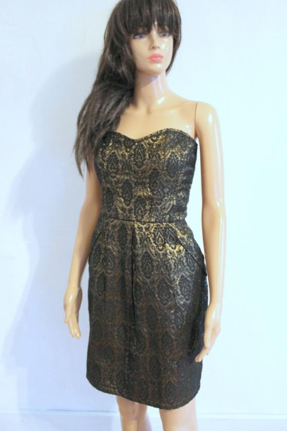 Elegancka czarno złota sukienka we wzory bez ramiączek r M...