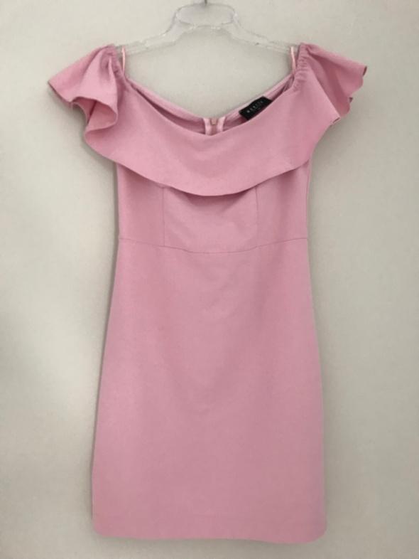 różowa sukienka hiszpanka Mohito XS 34...