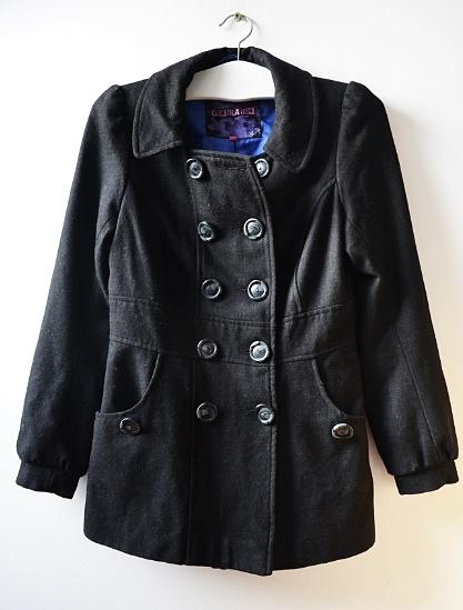 czarny płaszczyk S