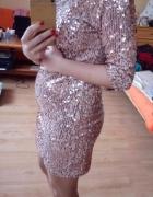 Sukienka różowa cekiny...