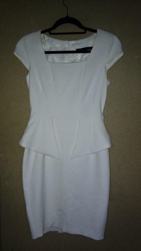 ec61f9e94c Suknie i sukienki Zara Biała elegancka sukienka ołówkowa midi baskinka 34