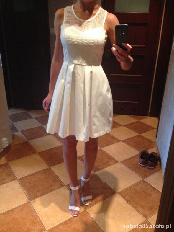 biała sukienka reserved...