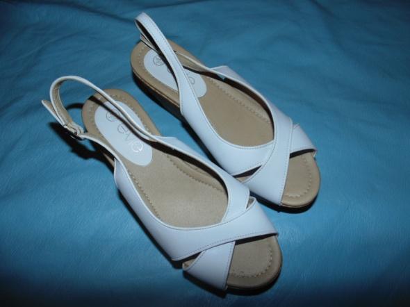 Sandałki Evie 37 idealne