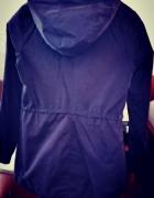 Granatowy płaszcz na wiosnę marki House rozmiar XS...