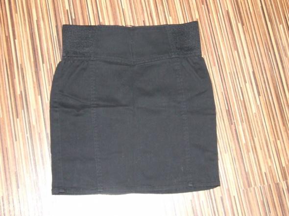 czarna spodniczka Camaieu rozmiar 34...