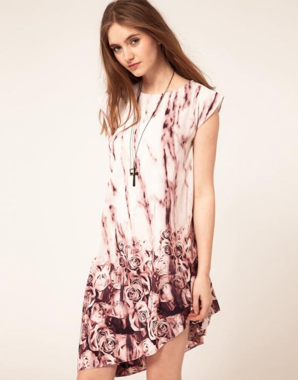 ASOS asymetryczna sukienka w róże print różowa...