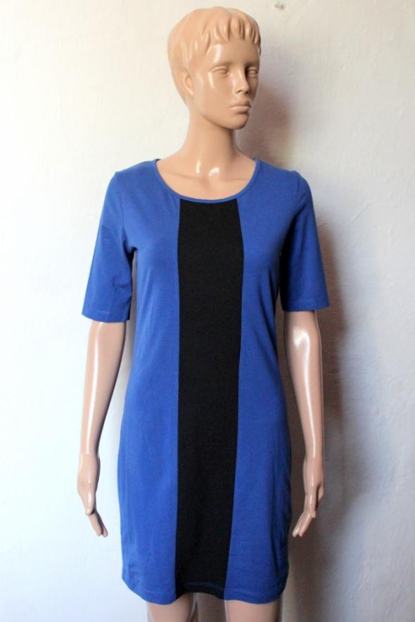 Dopasowana kobaltowa sukienka krótki rękawek r S...