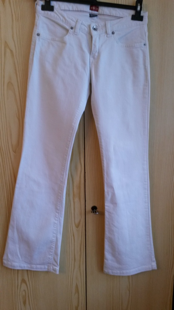 Białe Jeansy Bog Star rozmiar 26 XS...