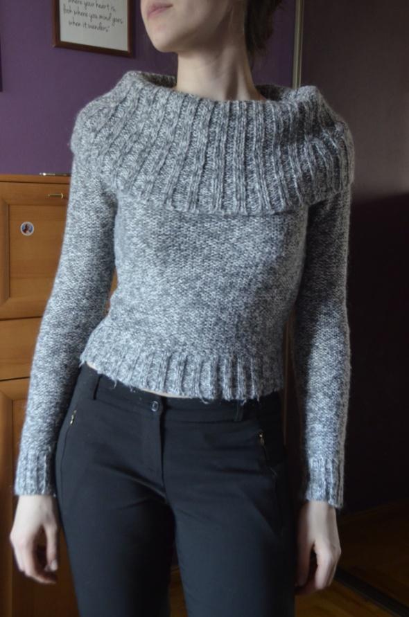 przylegający sweter ciepły 34 36 XS S