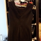 Czarna sukienka ze złotym zdobieniem S XS