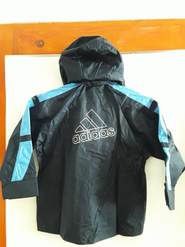 Adidas kurtka przeciwdeszczowa dziecięca...