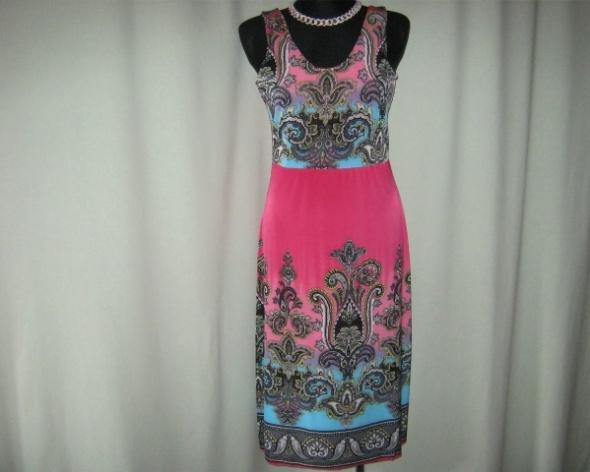 nowa kolorowa sukienka różowa