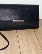 Czarna kopertówka H&M...