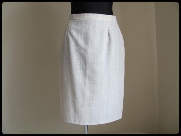 Spódnice SIGMA spódnica ołówkowa ecru 40 XL z podszewką len