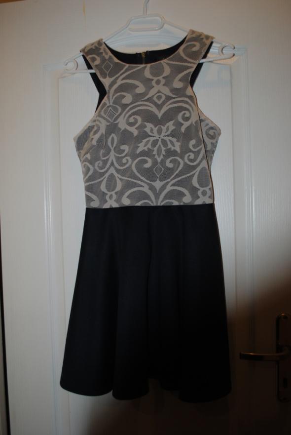Sukienka Ax Paris...