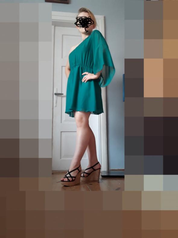 Szmaragdowa sukienka...