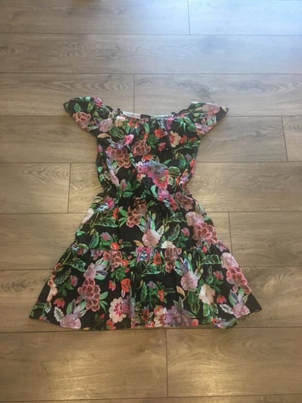 Suknie i sukienki Sukienka Reserved
