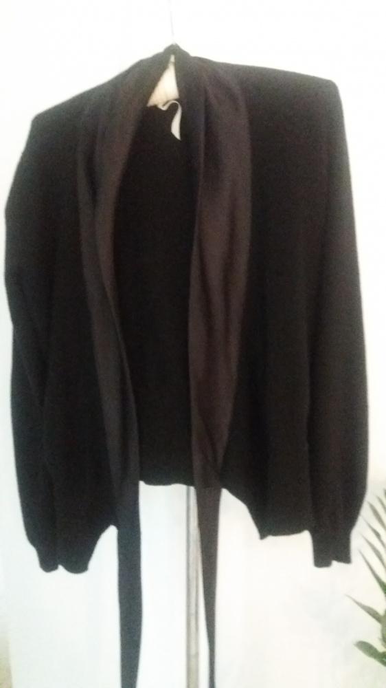 Bardzo bardzo elegancki sweter...