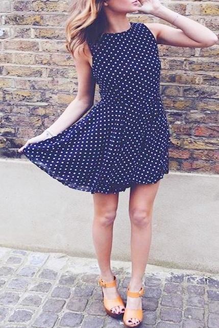Sukienka dresowa typu skater dress w kropki polish dot XL...