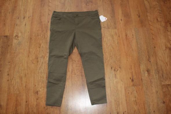 zielone spodnie...
